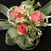 classical style wrist corsage